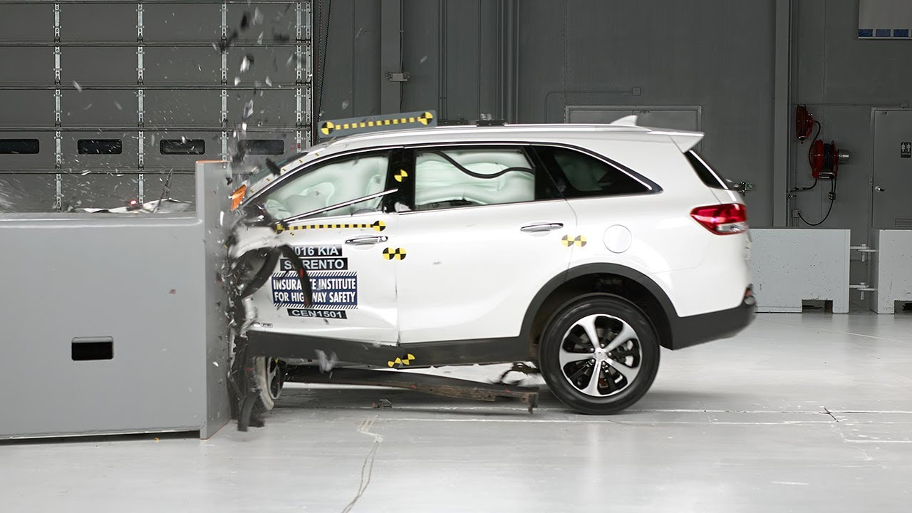 2016 Kia Sorento Driver Side Small Overlap Iihs Crash Test