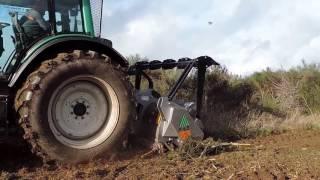 FAE UMM/DT - kruszarka / mulczer / rozdrabniacz leśny: oczyszczanie działki