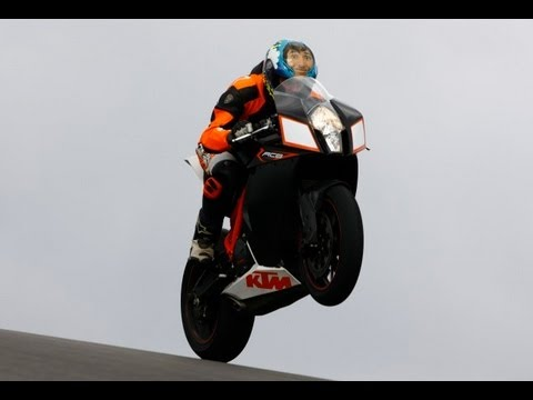 KTM RC8R Wheelie Madness on Racetrack