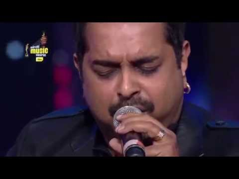 "Shankar Mahadevan performs ""Breathless"" LIVE at the 7th Mirchi Music Awards 