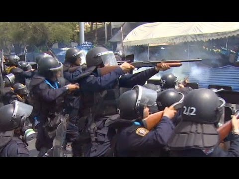Protestors open fire on Thai security forces