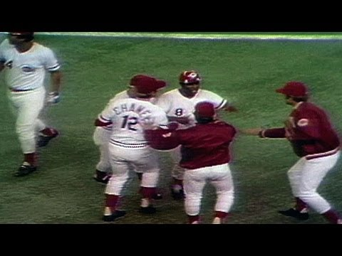 WS1975 Gm3: Reds walk off on Morgan's single in 10th