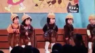 娘の凜が保育園の発表会で踊りました。オープニングはおばあちゃん歩き...