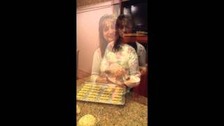 Kukla's Kouzina: Koulourakia~making The Perfect Twists