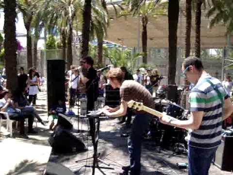 Crystal Stilts @ Joan Miro Parc free daytime show at Primavera