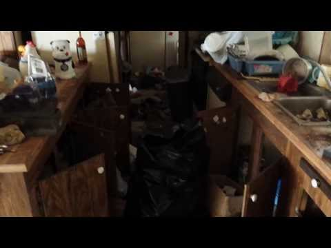 Nasty Foreclosed Home In Okeechobee Fl