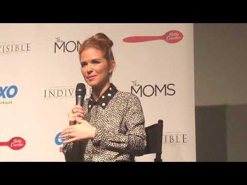 Sarah Drew Talks Leaving Greys, New Movie Indvisible  More