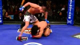 [HQ] WEC 53 - Anthony Pettis Knocks Out Ben Henderson - Amazing Kick
