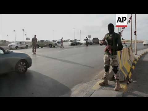 Govt-backed militia clashes with rivals in Tripoli