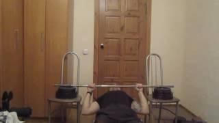 Тренируем мышцы спины дома. Урок 01 Подтягивание на низкой перекладине