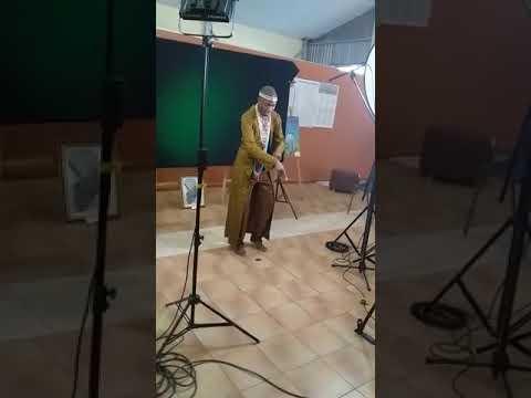Download Kuthiwa awunyakazi umangxi