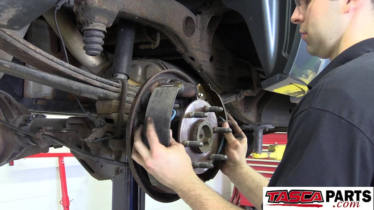 Do It Yourself Installing Oem Rear Drum Brakes 2009 Gmc Sierra Youtube