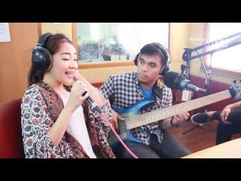 HARD ROCK FM 19th ANNIVERSARY - Tara Basro (ft Dian Sas ...