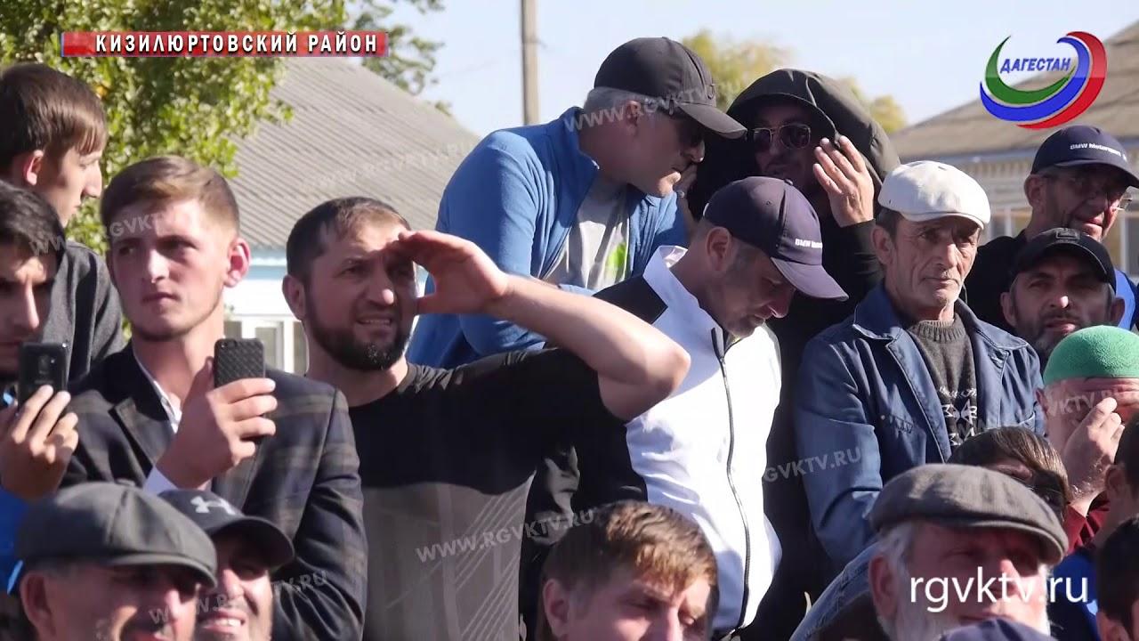 Хабиб Нурмагомедов посетил свою малую родину. Чемпион UFC побывал в Кизилюртовском районе