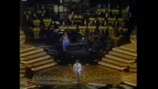 Video Volver a los 17 di Violeta Parra - canta Franco Simone con Piera Romoli download MP3, 3GP, MP4, WEBM, AVI, FLV Mei 2018