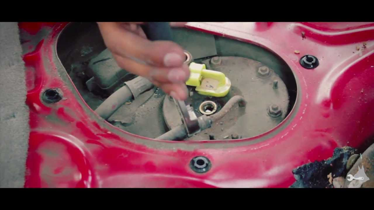 small resolution of fuel pump replacement with explosive mishap honda civic 1993 youtube diagram also 1993 honda civic fuel pump replacement further honda