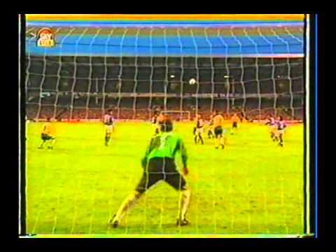 0bd582385d 1995 (June 6) Brazil 3-Japan 0 (Umbro Cup).avi - YouTube