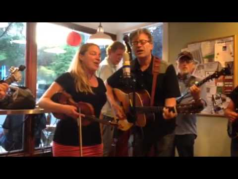 Juliana Trivers & The Back Alley String Band