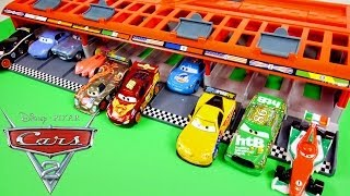 CARS 2 World Grand Prix 10 Car Race Launcher Hot Wheels Toys Disney Pixar Cars Carrying Case(Disney Pixar Cars 2 World Grand Prix Race Launcher Carrying Case Launch 10 Cars at once! This Pixar Cars Film inspired playset includes one exclusive ..., 2014-05-24T00:42:55.000Z)
