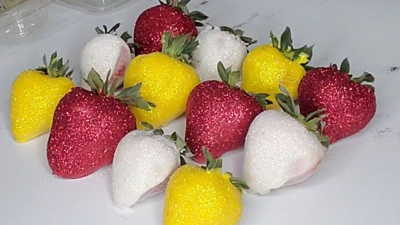 how to make chocolate covered strawberries with Edible Glitter