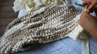 Rag rug toilet mat. Toilet rug. How to make a crochet rag rug for toilet. Rag rugs for the bathroom.