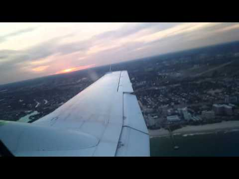 landing in  Fort Lauderdale executive Airport (Beechcraft Super King Air 200)