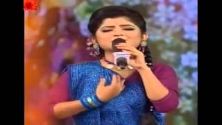 Aditi Munshi   Shakhi Loke Bole Kalo kalo noy amar i chokher i aalo    kirtan song