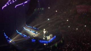 Ed Sheeran - Supermarket Flowers (Live in Nottingham)