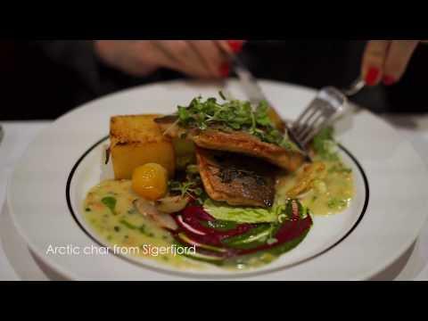 Foodie Anders Husa gives Hurtigruten's restaurants a go