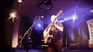 Tài năng chơi guitar và những dự định của Igor Pressnyakov