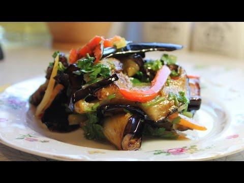 Лучшие гарниры.Жареные баклажаны со свежим болгарским перцем и зеленью. Очень вкусное блюдо.