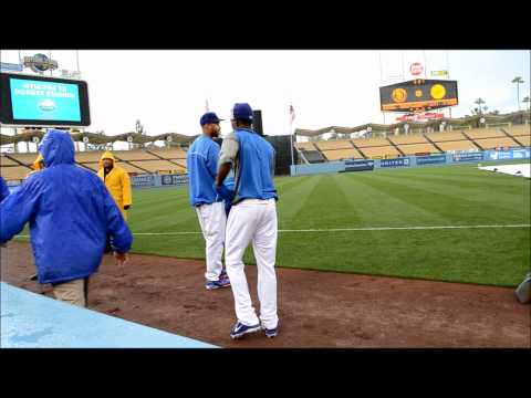 Matt Kemp Challenges Dee Gordon