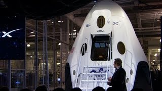 "SpaceX unveils space shuttle replacement, the ""Dragon V2"""