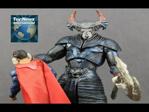 """Justice League Movie 6"""" DC Multiverse Steppenwolf Collect-And-Connect Figure Review"""