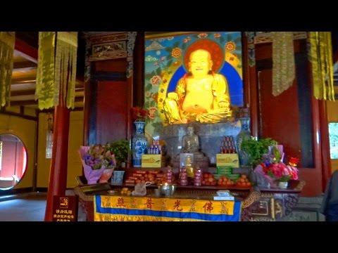 峨眉山報國寺彌勒佛韋馱菩薩 Bao Guo Temple Emeishan, Sichuan (China)