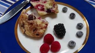 Mixed Berry Muffins - Linda Jerome