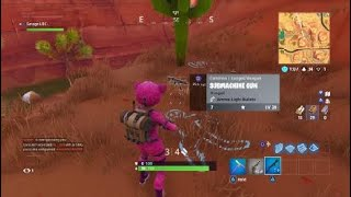 Fortnite: guy help me find battle star but he want me to kill him :[ :c