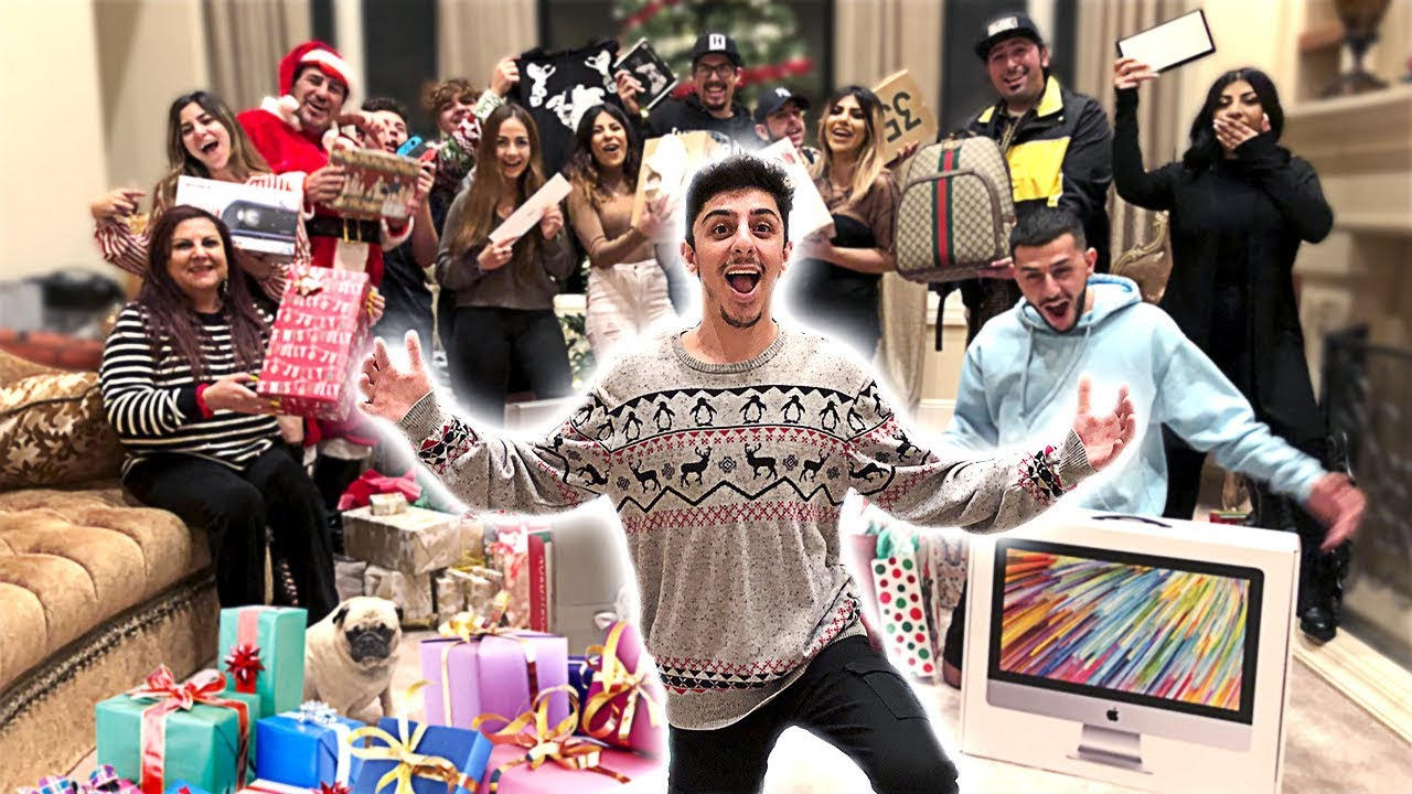 THE BEST FAMILY CHRISTMAS GIFTS OPENING EVER!! - YouTube