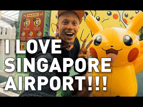 VLOG #6: THE BEST AIRPORT IN THE WORLD (Singapore Airport)!