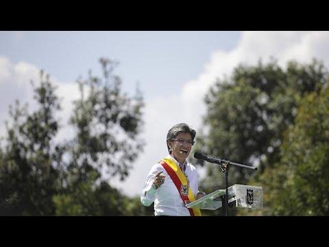 Claudia Lopez toma posse em Bogotá