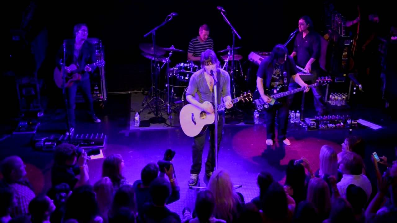 the goo goo dolls come to me live from the troubadour april 3rd 2013 youtube. Black Bedroom Furniture Sets. Home Design Ideas