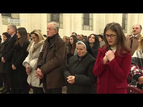 Kosovo's Catholics Celebrate Christmas