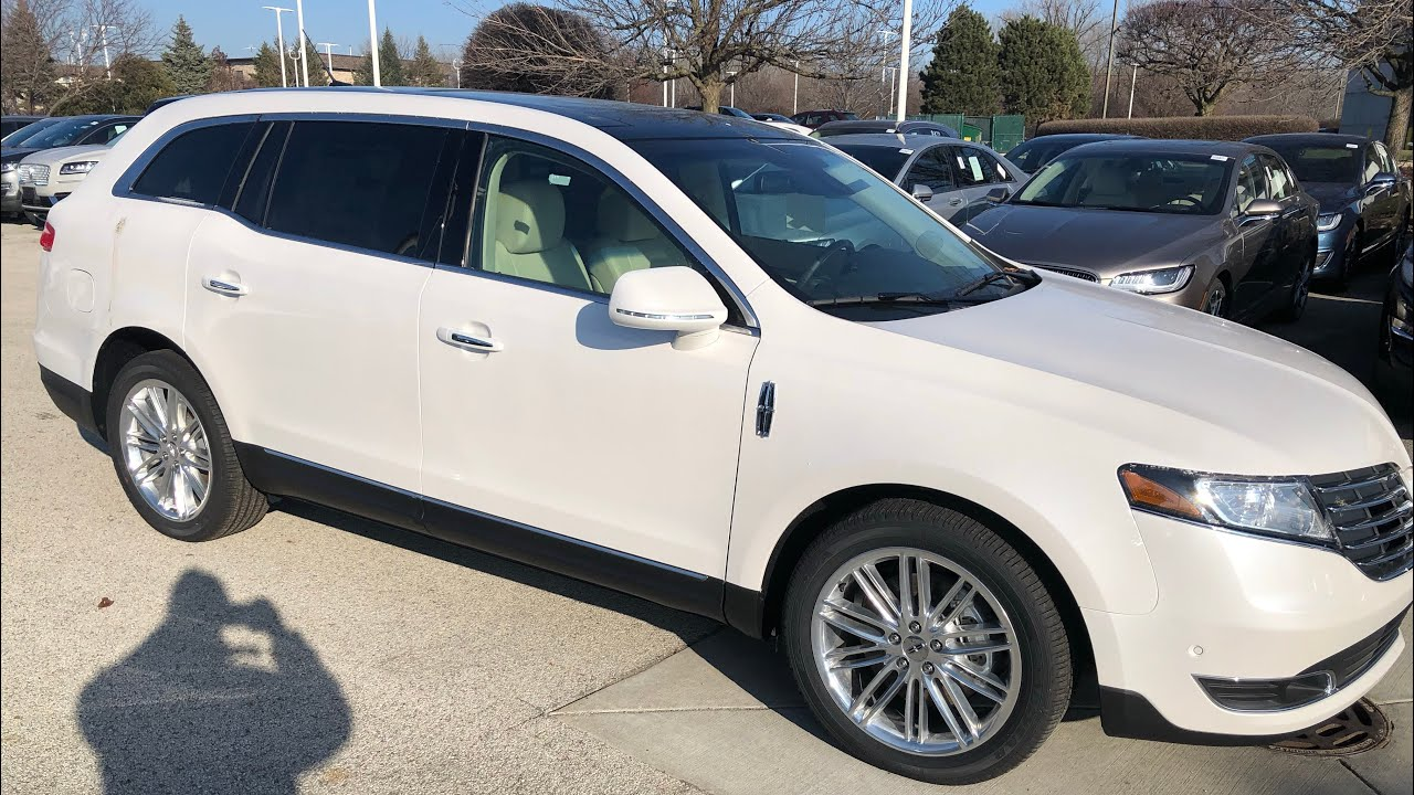 2019 Lincoln MKT!!! Good Town car Replacement🤔🤷🏽‍♂️ - YouTube
