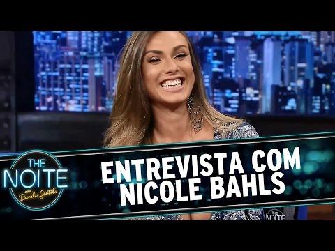 The Noite (11/03/15) - Entrevista com Nicole Bahls