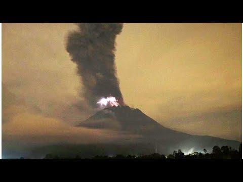 Indonesia's Mount Merapi volcano ALERT raised as authorities enforce 'no-go zone'