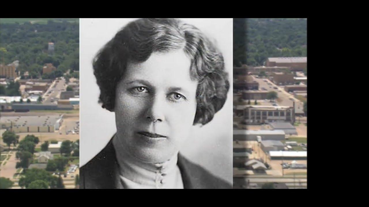 Landscapes of South Dakota: Gladys Pyle