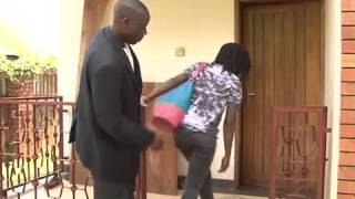 Repeat youtube video Kansiime Anne dealing with Con men on minibuzz
