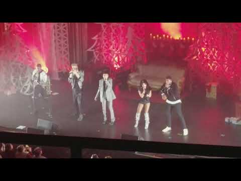 "Pentatonix - ""Carol Of The Bells"" - LIVE - Chicago, IL - 12/4/17"