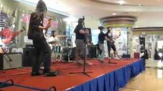 Baixar Maafkan by Chicanosz Project LIVE AT TIME SQUARE KL.wmv
