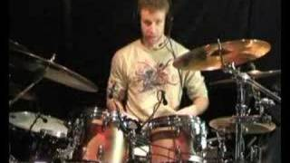 Drum Lesson : Paradiddles as fills (www.joecrabtree.com)